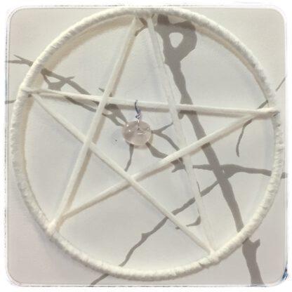 viiskanta eli pentagrammi ruusukvartsilla